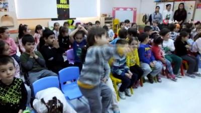 Burhaniye'de minik öğrencilere hijyen eğitimi