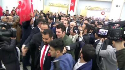 Fatih Erbakan partisinin Diyarbakır il kongresine katıldı
