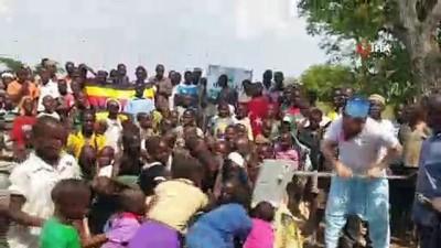 - Afrika'da suyu gören çocukların sevinci duygulandırdı