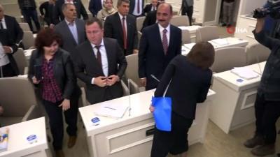 - Gaziantep'te yeni dönemin ilk meclis toplantısı yapıldı
