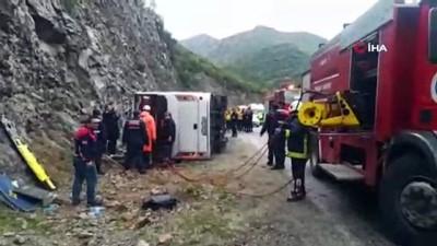 Antalya'da kaza: 3 ölü, 14 yaralı