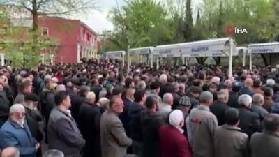 Sultanbeyli'de silahla vurularak öldürülen Mustafa Tiryaki son yolculuğuna uğurlandı