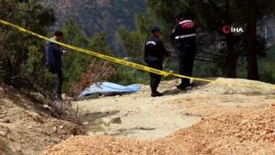Kayıp yaşlı adam şarampolde ölü bulundu