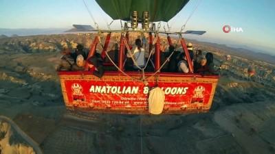 Brezilyalı turist 113.doğum gününü Kapadokya'da kutladı