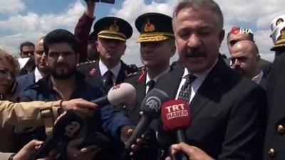 """İzmir İl Emniyet Müdürü Hüseyin Aşkın: """"Operasyonu hiçbir ülkeden destek almadan yaptık"""""""