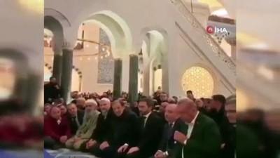 Cumhurbaşkanı Erdoğan'dan Çamlıca Camii'nde Kur'an tilaveti
