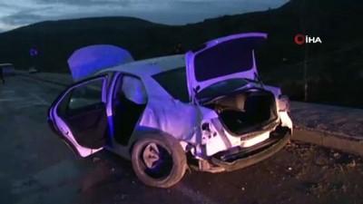 aydinlatma diregi -  Otomobil direğe çarptı: 5 yaralı