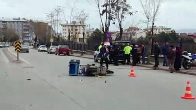 kadin surucu - Otomobilin çarptığı motosikletli kurye ağır yaralandı - SİVAS