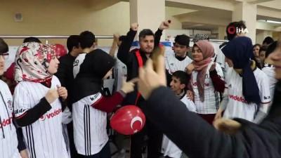 gorme engelli - Beşiktaş'tan örnek hareket