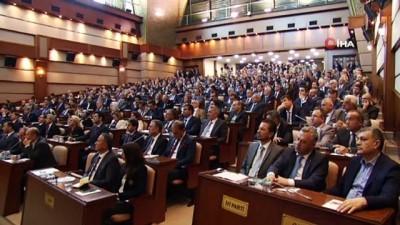 İBB Başkanı Ekrem İmamoğlu yönetiminde İBB Meclisi yeni dönemin ilk toplantısını gerçekleştirdi
