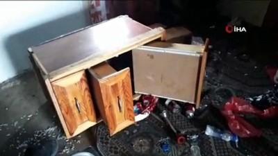 Kış uykusundan uyanan ayılar yayla evlerine zarar verdi