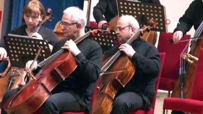 CHP Lideri Kılıçdaroğlu Tiflis Senfoni Orkestrası konserinde