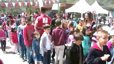 - Genç Kızılay'dan, Çocuk Festivali
