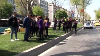 saglik ekipleri -  Lise öğrencilerine yaya geçidinde minibüs çarptı