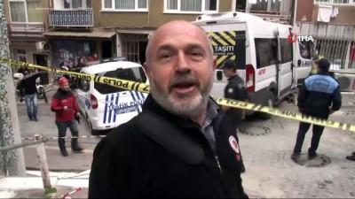 saglik ekipleri -  Beşiktaş'ta feci kaza...Freni patlayan servis minibüsü apartmana daldı: 2 yaralı Haberi