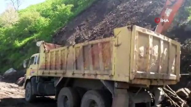 aybasi -  Ordu'da heyelandan kapanan yollar hizmete açıldı