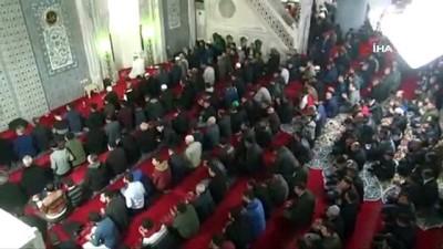 - Şanlıurfa'da Miraç kandilinde camiler doldu taştı