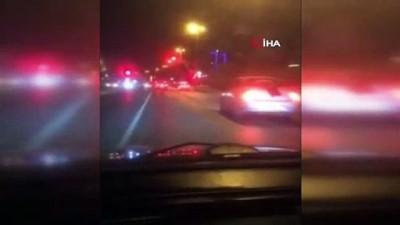 mustakil ev -  Magandalar asker uğurlamalarında yol kapatıp trafikte havaya böyle ateş açtı