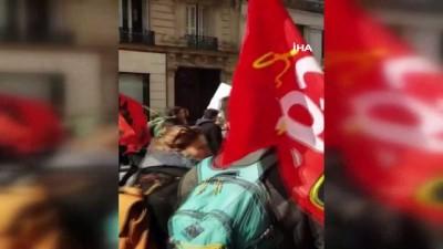 ozel okullar -  - Fransa'da yüzlerce öğretmen grev yaptı