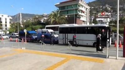 Alanya'da yasa dışı bahis operasyonu: 8 şüpheli adliyeye sevk edildi