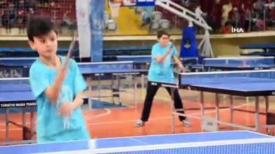 ali il - Dünya Masa Tenisi Günü'nde Masa Tenisi Festivali