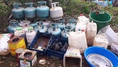 Bingöl'de teröristlerin 5 odalı sığınağı imha edildi