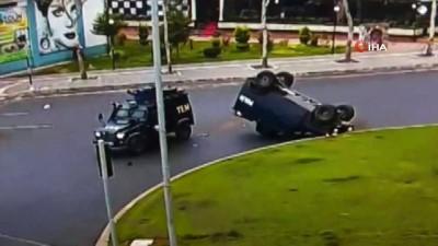 Diyarbakır'da iki zırhlı araç çarpıştı...Kaza anı kamerada