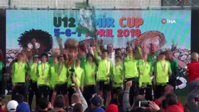 ceyrek final - U12 İzmir Cup'a tam not