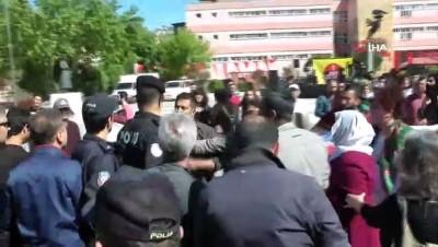Çanakkale'de 1 Mayıs kutlamalarında 3 gözaltı