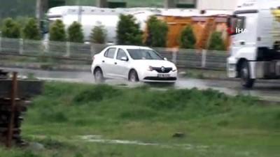 saganak yagis -  Arnavutköy'de sağanak yağış etkili oldu