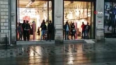 saganak yagis -  İstanbul'da etkili olan yağmur vatandaşlara zor anlar yaşattı