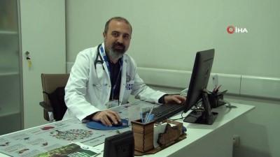 """Kardiyoloji Uzm. Dr. Öz: """"Oruç tutmak isteyen kalp damar hastaları doktoruna danışmalı"""""""