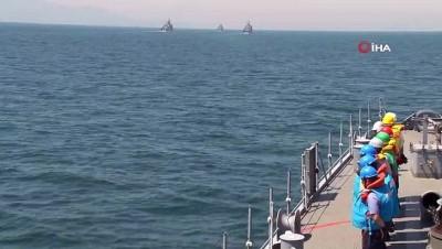 akkale -  Deniz Kurdu-2019 tatbikatı için açılan gemiler Çanakkale Boğazı'ndan geçti