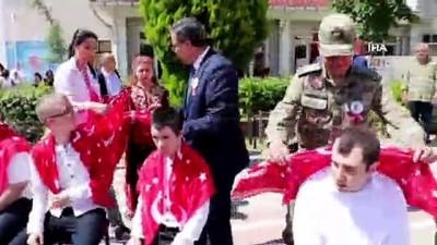 - Gönüllerin 'kahramanları' askere uğurlandı