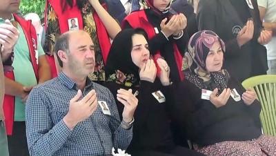 Trafik kazasında şehit olan polisin cenazesi defnedildi - İZMİR