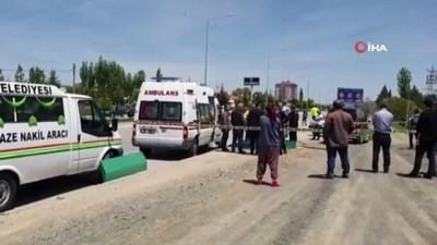 Otomobil bisikletli sürücüye çarptı: 1 ölü