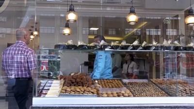 zeytinyagi - HUZUR VE BEREKET AYI RAMAZAN - 'Ramazan kahkesi' iftar ve sahur sofralarını süslüyor - GAZİANTEP
