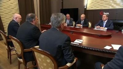 """Putin: """"ABD Başkanı ile telefonda görüşmekten memnuniyet duydum"""""""