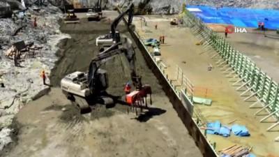 Türkiye'nin en büyüğü olacak Yusufeli Barajı'nda gövde inşaatının yüzde 25'i tamamlandı