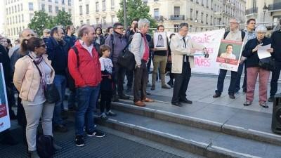 protesto - Barış Akademisyeni Altınel için Lyon'da eylem: Fransa'dan memuru için kararlılık bekliyoruz