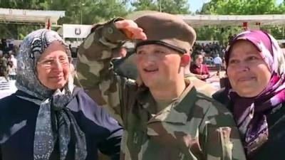 engelli genc - Engellilerin bir günlük askerlik sevinci (2) - İZMİR