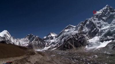 rekor -  - Nepalli Dağcı Yine Everest'in Zirvesinde - 23'üncü Kez Everest'e Tırmandı