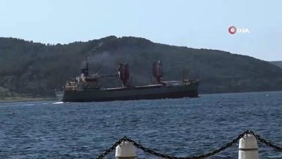 akkale -  Rus askeri kargo gemisi boğazdan geçti