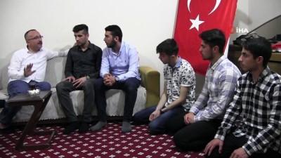 akkale -  Siirt Valisi Atik öğrencilerin iftar davetini kırmadı