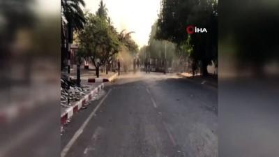 protesto -  - Sudan'da Görüşmeler Askıya Alındı