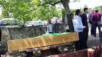 Ünye'deki trafik kazasında ölen kişi toprağa verildi - ORDU