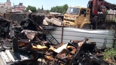 hurda arac -  Antalya'da düşen yıldırım 10 aracı böyle yaktı