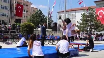 19 Mayıs Atatürk'ü Anma, Gençlik ve Spor Bayramı - BURDUR