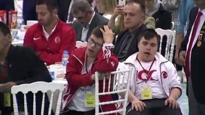 Cumhurbaşkanı Erdoğan, gençler ve sporcularla iftar programında bir araya geldi - SAMSUN