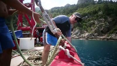 'Denizlerin astronotları'ndan anlamlı dalış - HATAY